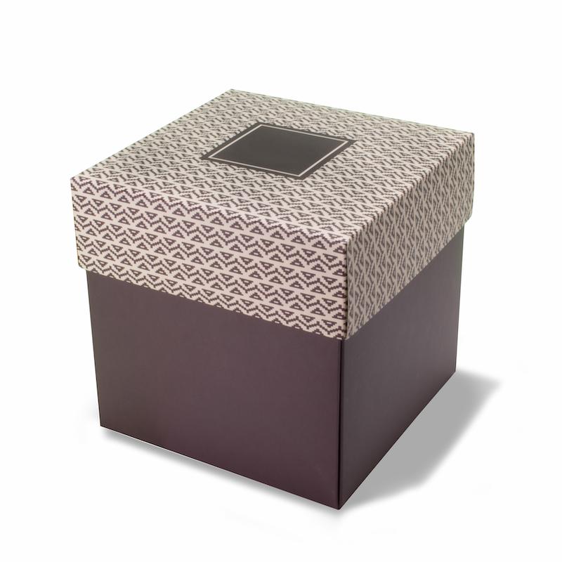 Cardboard box 18 x 18 x 18