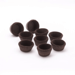 Brown circular baking cups